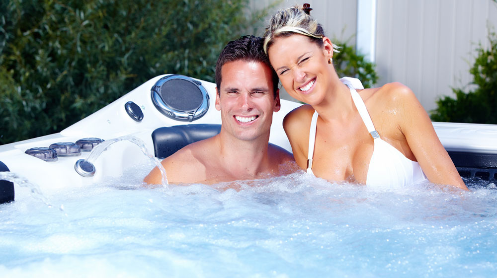 romantic cottages with hot tubs for couples